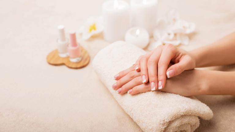Che cos'è la french manicure
