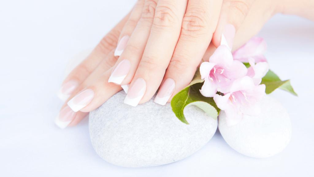 French manicure: alla scoperta delle origini del nome