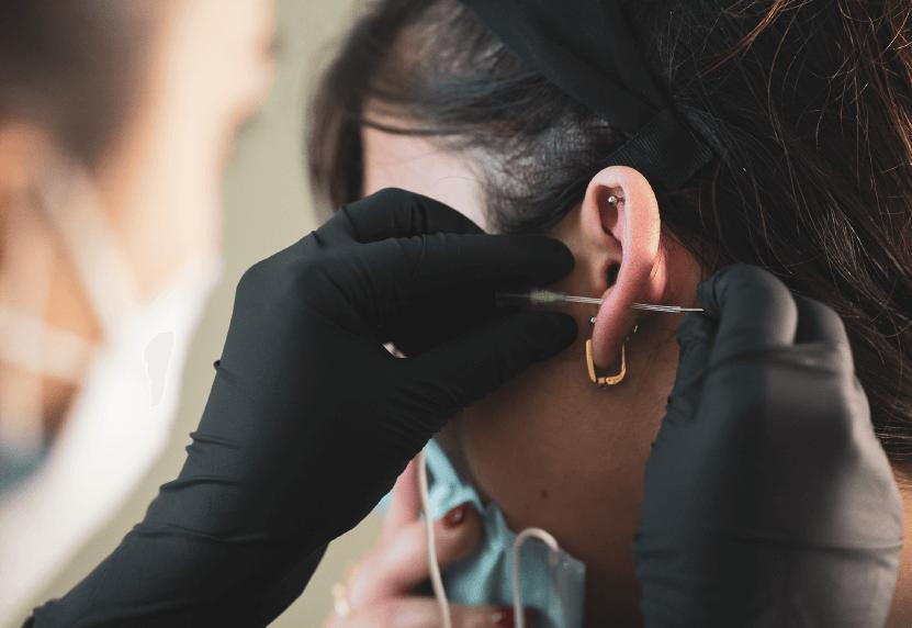 Centro Estetico, il servizio di piercing