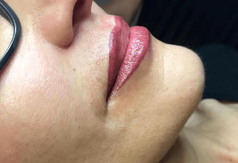 Centro estetico: trucco permanente labbra